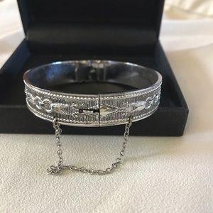 Beautiful Silver Bracelet with Fabulous Detail